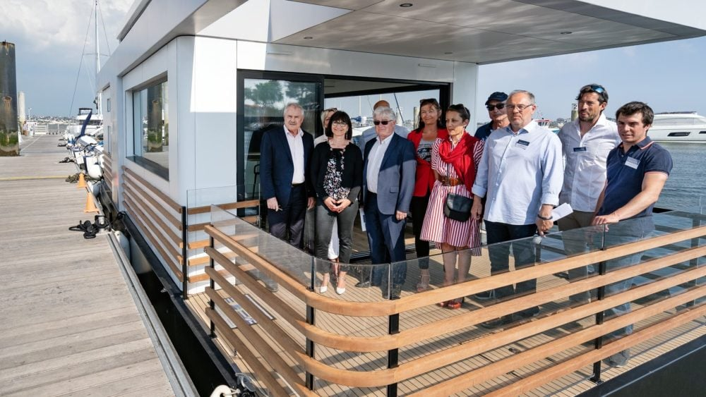 inauguration-sealoft-house-boat